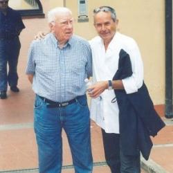 Il Presidente Paolo Luzi con Ferruccio Valcareggi, storico ex calciatore e allenatore italiano, presso gli impianti di Achillea 2002