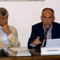 Il Presidente di Achillea 2002 Paolo Luzi con Gianni Rivera, durante una conferenza stampa